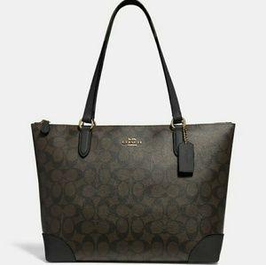 🍒[NEW]●COACH SHOULDER BAG IN SIGNATURE CANVAS🍒